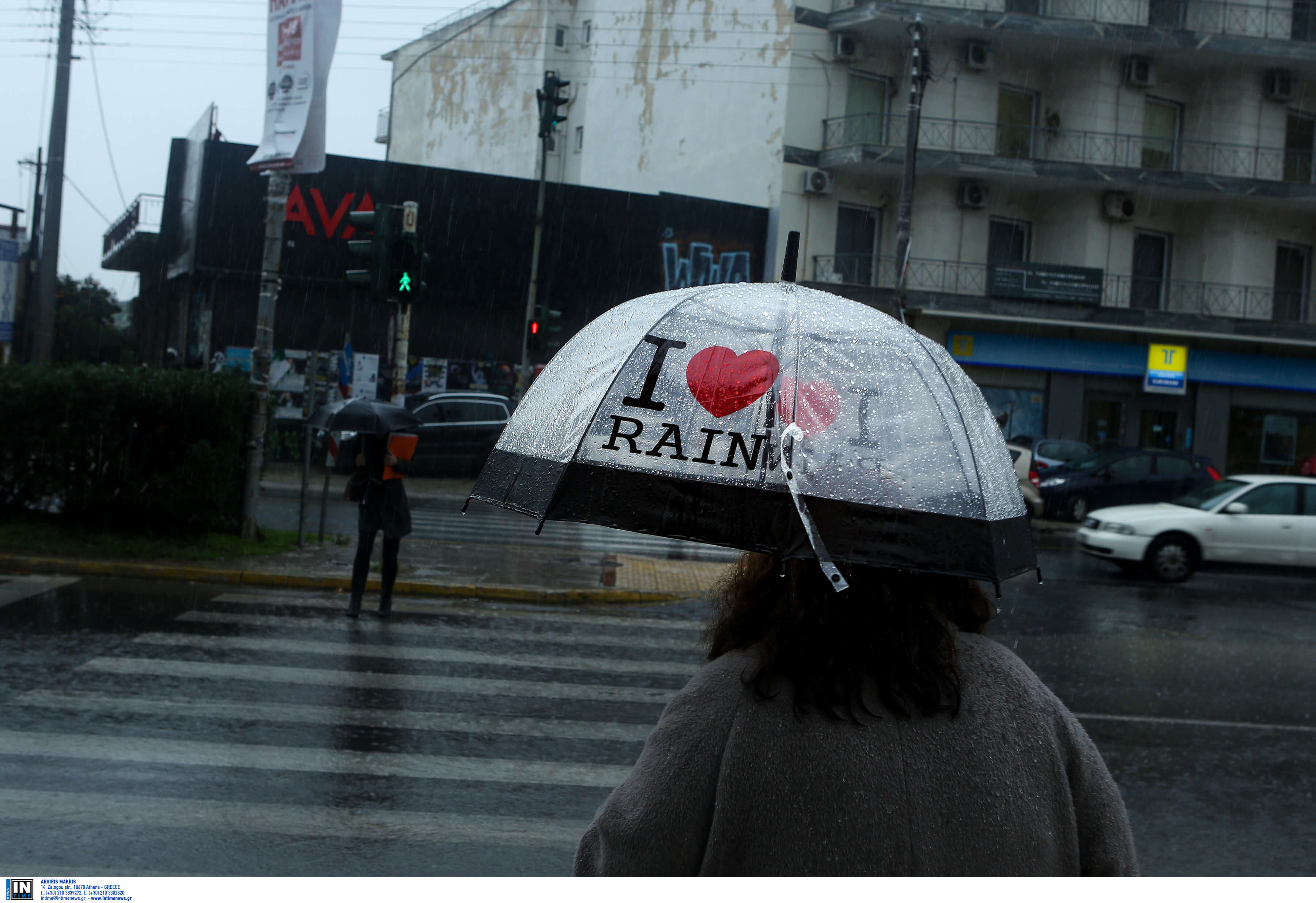 """Καιρός αύριο: """"Μπουμπουνητά"""" και βροχές σε όλη την χώρα – Πότε σταματά η κακοκαιρία"""