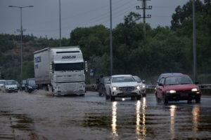 Καιρός σήμερα: Καταιγίδες από το μεσημέρι στην ηπειρωτική Ελλάδα και την Κρήτη!