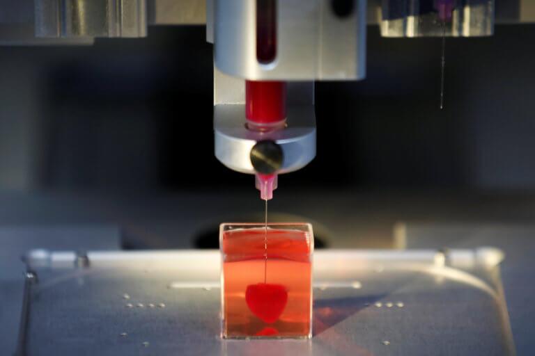 Επιστήμονες «τύπωσαν» την πρώτη 3D καρδιά από ανθρώπινο ιστό! video, pics
