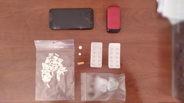 """Καστοριά: Νέα σύλληψη για κατοχή και διακίνηση ναρκωτικών – Έρχεται """"μαύρο Πάσχα"""" για τον ίδιο [pics]"""