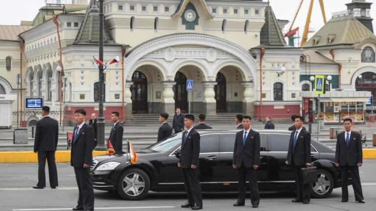 Από πού αγοράζει τις Mercedes του ο Kim Jong-Un; [vid]