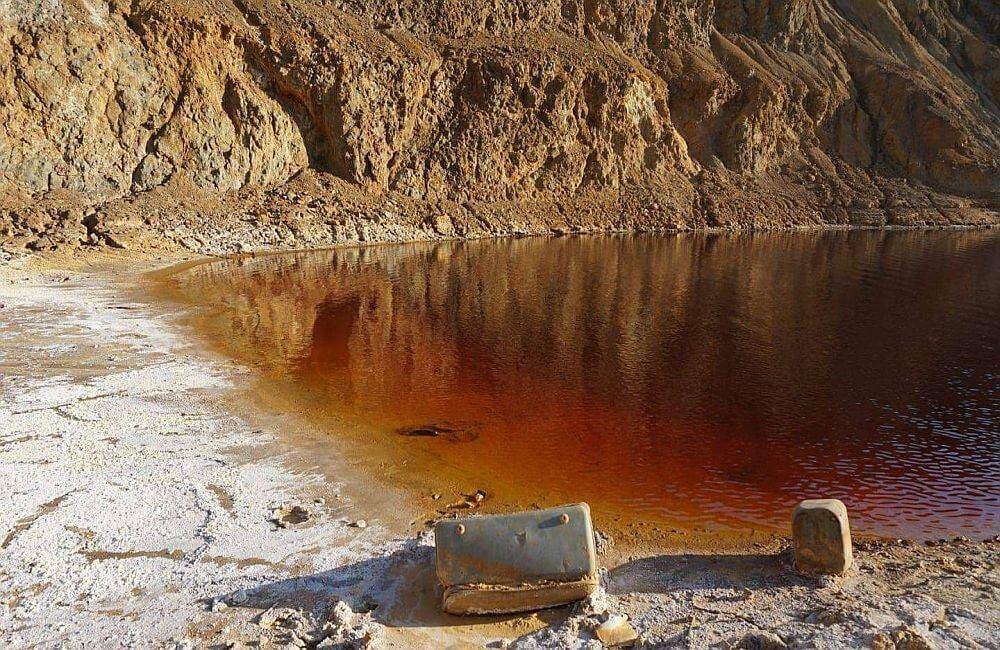 Κόκκινη Λίμνη