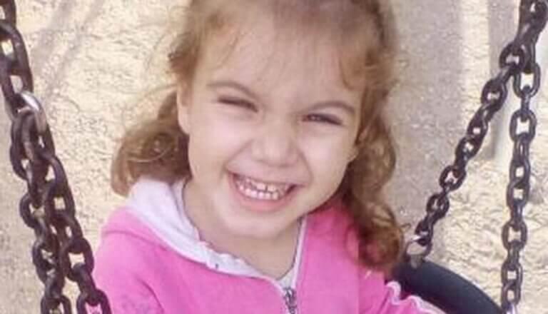 """""""Σε εννέα μέρες πέθανε"""" – Συγκλονίζει ο πατέρας της μικρής Μαλένας"""