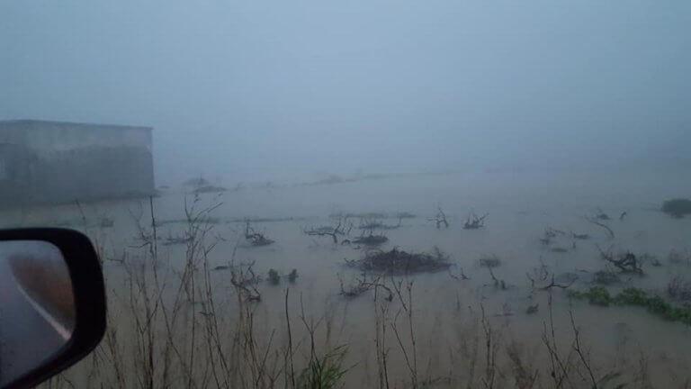 Βροχή και κατολισθήσεις στην Κρήτη! Αυτοκίνητα παρασύρθηκαν από τα νερά [pics – video]