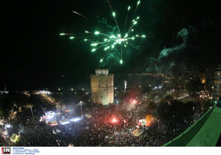 Θεσσαλονίκη: Οπαδός του ΠΑΟΚ πέθανε στον ύπνο του – Νεκρός μετά τους πανηγυρισμούς στον Λευκό Πύργο!