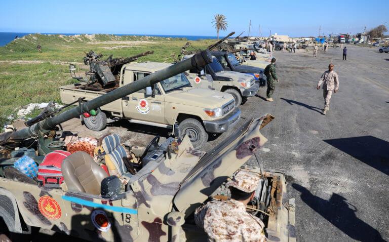 Λιβύη: Φόβοι για εμφύλια σύρραξη – Σε κατάσταση πολιορκίας η Τρίπολη