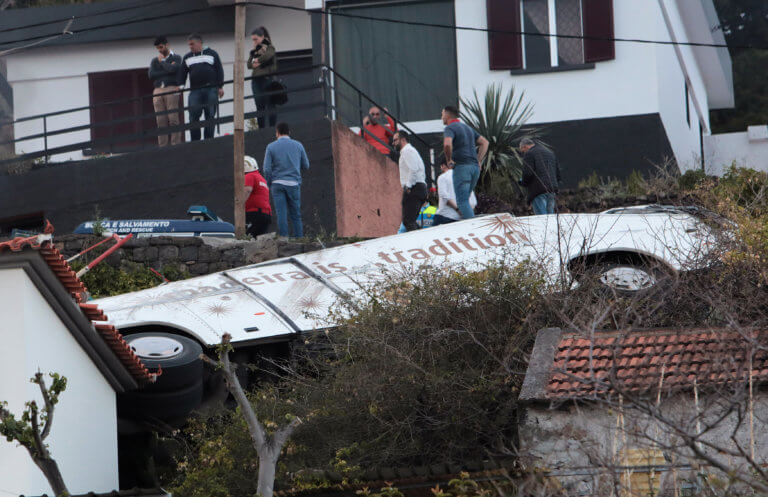 Πορτογαλία: Τους 29 έφτασαν οι νεκροί από το τραγικό δυστύχημα στη Μαδέρα