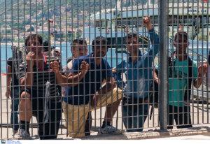 Μυτιλήνη: Αντιδράσεις για τη μεταφορά 56 μεταναστών από τη Σάμο – Το σκεπτικό της απόφασης!