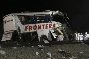Μεξικό: 11 νεκροί ανάμεσά τους και τρία παιδιά σε δυστύχημα με λεωφορείο