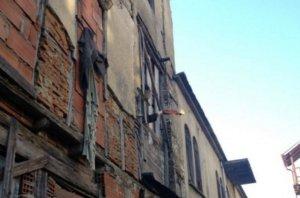 Άγιο Όρος: 17 χρόνια φυλακή για τη μολότοφ στις Καρυές – Εξοντωτική ποινή για τον ηγούμενο της Μονής Εσφιγμένου!