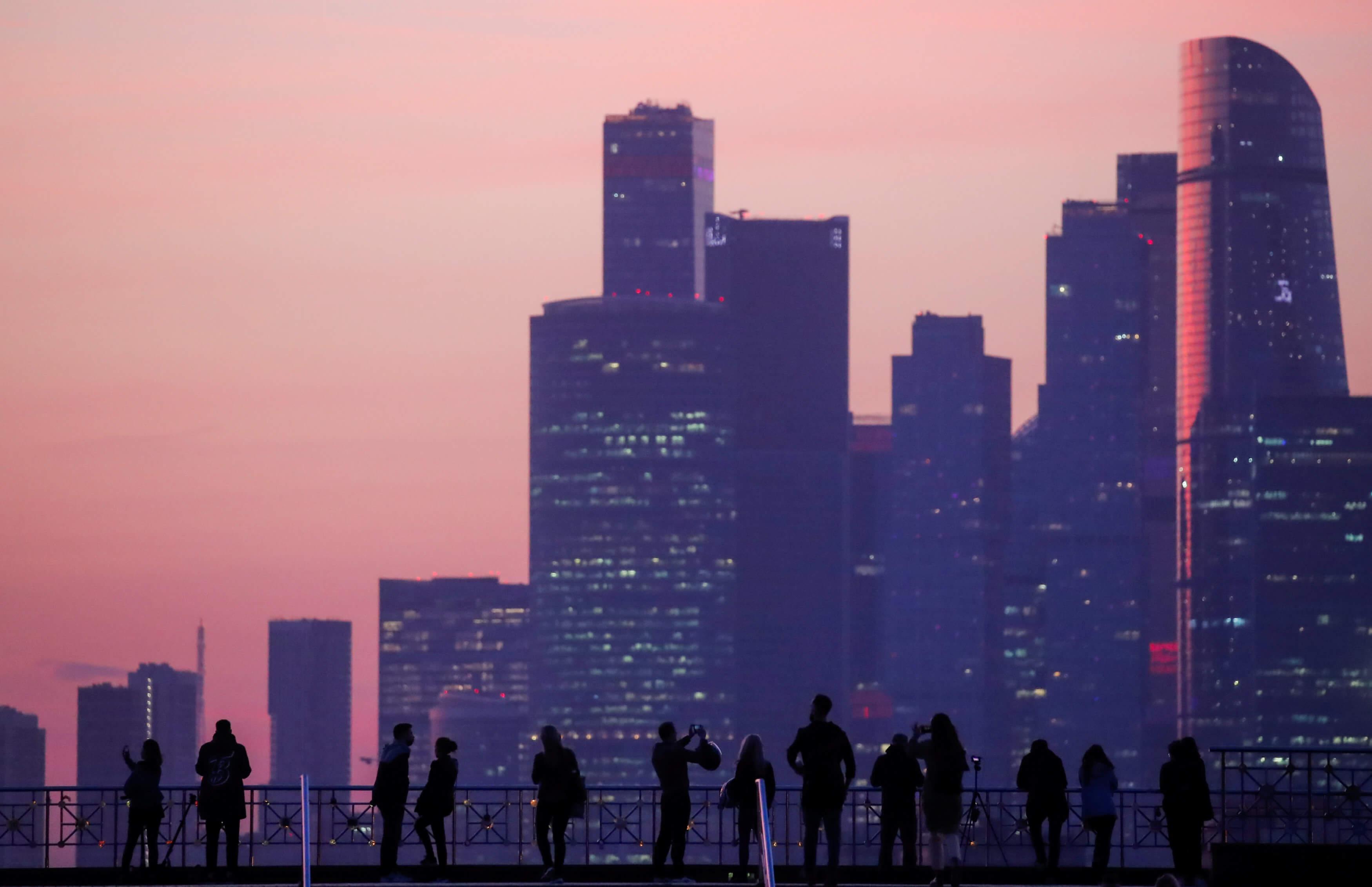 Περνάνε καλά στη Ρωσία! 8 στους 10 πολίτες δηλώνουν ευτυχισμένοι