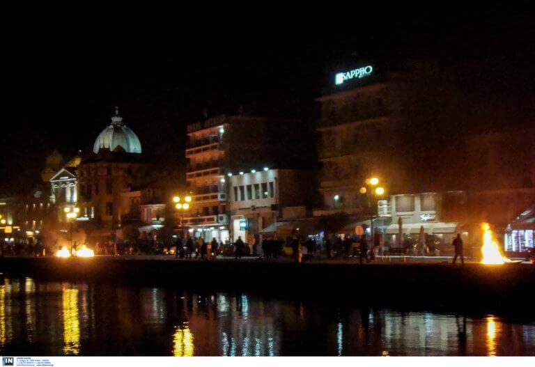 Μυτιλήνη: Σιωπηλό συλλαλητήριο για τη νύχτα της ντροπής – Δεν υπήρχαν συνθήματα και πανό!