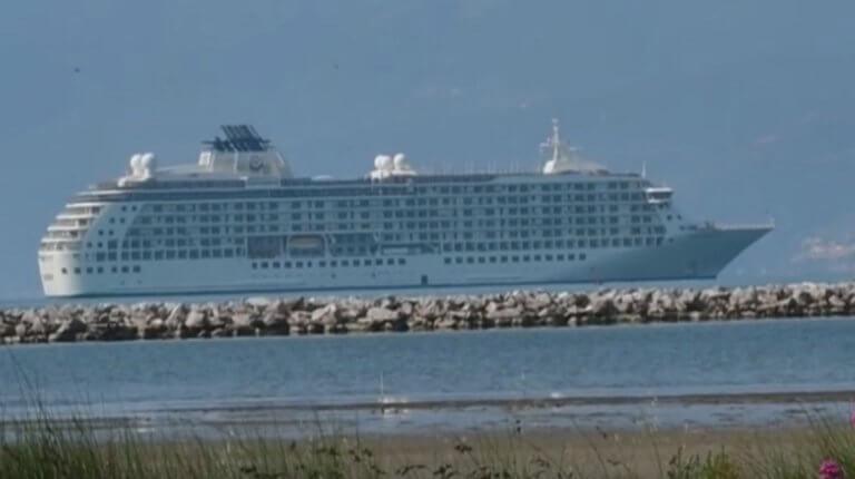 Ναύπλιο: Αυτό είναι το ακριβότερο και πιο πολυτελές κρουαζιερόπλοιο του κόσμου – Τιμές που ζαλίζουν – video