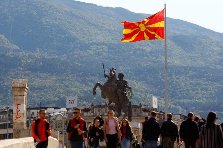 Βόρεια Μακεδονία: Έκλεισαν οι κάλπες! Αγωνία για την συμμετοχή