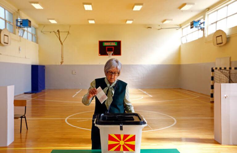 Βόρεια Μακεδονία: Κρίσιμες εκλογές σήμερα με την Συμφωνία των Πρεσπών στο επίκεντρο