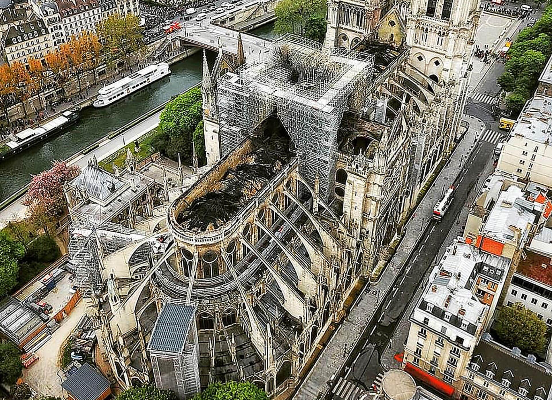 Παρίσι: Η Παναγία των Παρισίων ξαναβρίσκει την παλιά της αίγλη