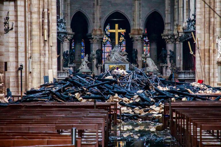 Παναγία των Παρισίων: Εισαγγελική έρευνα για απάτη με δωρεές δήθεν για την ανοικοδόμηση του ναού