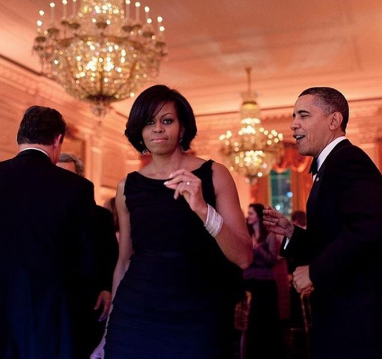 Ομπάμα: Χορευταρού η Μισέλ - «Έλιωσα» στον ύπνο όταν έφυγα από τον Λευκό Οίκο - Δεν ήξερα να φτιάξω καφέ!