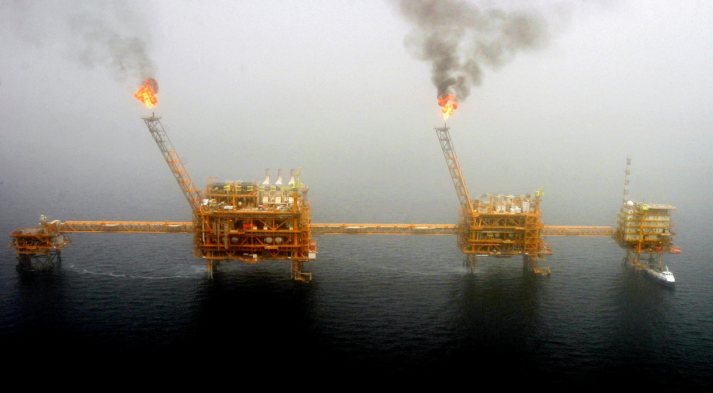 Στα ύψη το πετρέλαιο! Πάνω από 75 δολάρια το βαρέλι