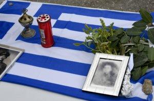 """Συγκίνηση στην Καστοριά – """"Ζωντάνεψε"""" η επιδρομή των Ναζί στην Κλεισούρα"""