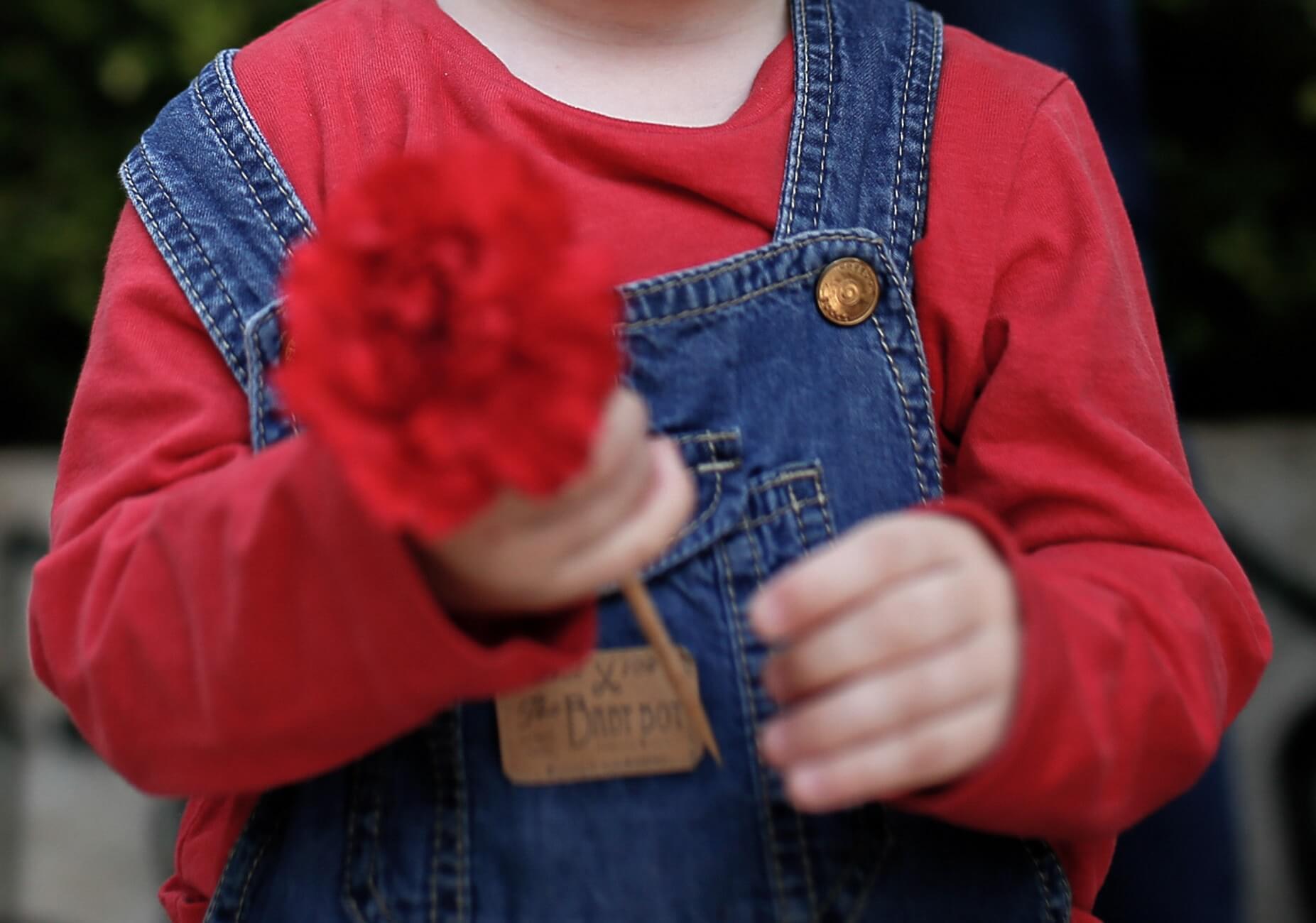 Θήβα: Αισιοδοξία για την 8χρονη Αλεξία – Πλησιάζουν εκείνους που έριξαν την αδέσποτη σφαίρα!