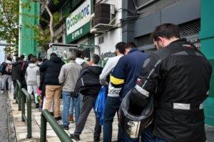 Παναθηναϊκός – Ρεάλ Μαδρίτης: Ουρές στη βροχή και sold out σε δύο ώρες! [pics]