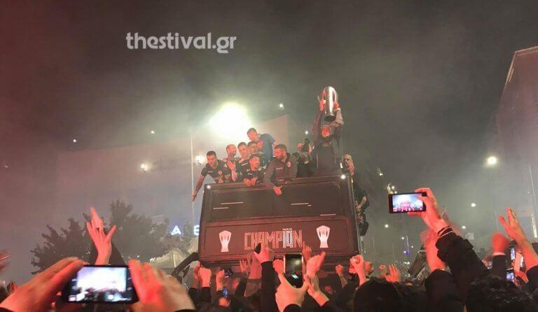 ΠΑΟΚ: «Πάρτι» μέχρι το πρωί για τους πρωταθλητές! «Κάηκε» η Θεσσαλονίκη