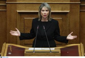 """""""Δεν αναφέρθηκα στον Λυκουρέζο"""" λέει η Παπακώστα μετά την αγωγή!"""