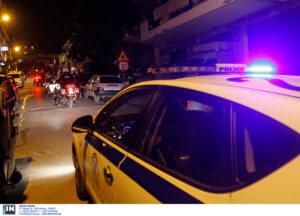 Έκαναν γυαλιά – καρφιά περιπολικό μετά το ματς του Ολυμπιακού! Τραυματίστηκε αστυνομικός