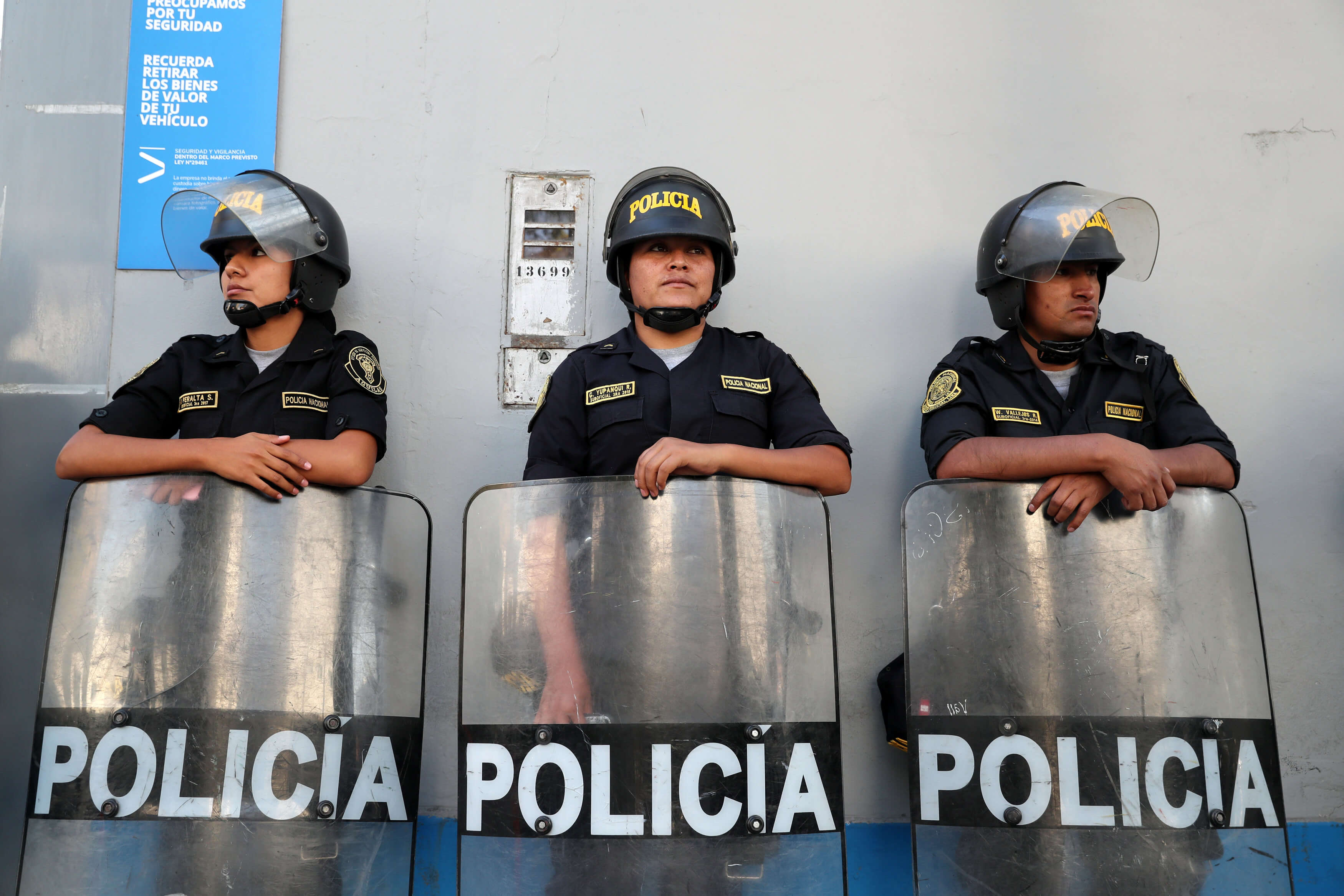 Περού: Πάνω από το 50% των αστυνομικών έχει χτυπηθεί από κορονοϊό