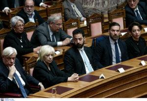 Δημήτρης Σιούφας: Πολιτικό μνημόσυνο και ενός λεπτού σιγή στην Ολομέλεια [pics]