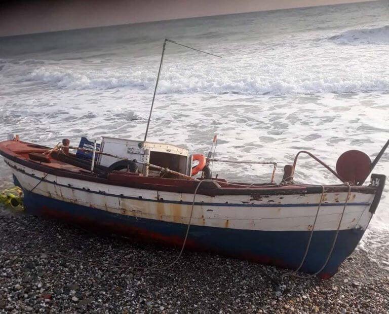 Λάρισα: Βατραχάνθρωποι του λιμενικού στη μάχη για τον αγνοούμενο ψαρά – Κορυφώνεται η αγωνία στον Αγιόκαμπο [pics]