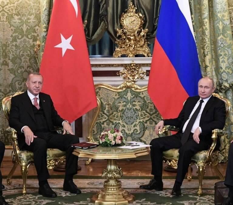 Ρήγμα στις σχέσεις Πούτιν με τον Ερντογάν για τους βομβαρδισμούς στην Ιντλίμπ