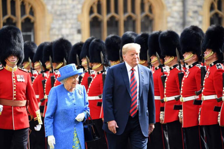 Αυτή τη φορά θα πάει και στο Μπάκιγχαμ! Νέα επίσκεψη Τραμπ στο Λονδίνο