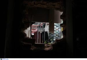 Θεσσαλονίκη: Έκαναν ριφιφί για να κλέψουν κινητά τηλέφωνα – Άφωνοι οι υπεύθυνοι του καταστήματος!
