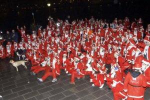 Σε ιδρύματα των Χανίων δόθηκαν τα χρήματα από τη διοργάνωση του 8ου Santa Run