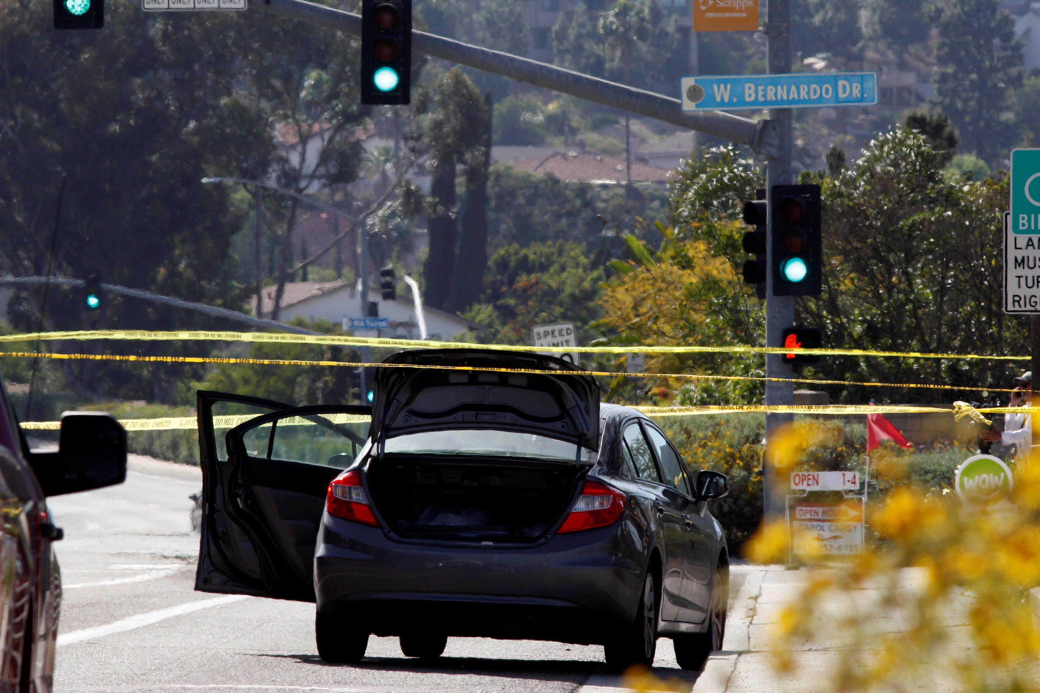 Σαν Ντιέγκο: Μπήκε σε συναγωγή και άρχισε να πυροβολεί τους πάντες – 1 νεκρή και 3 τραυματίες [pics]