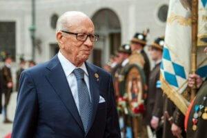 Τυνησία: Αποχωρεί από την προεδρία ο Εσέμπσι
