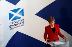 """Σκωτία: """"Ψήνουν"""" νέο δημοψήφισμα ανεξαρτησίας λόγω Brexit"""