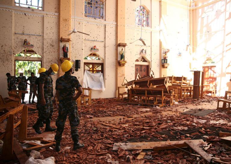 Σρι Λάνκα: Θρήνος χωρίς τέλος – 290 οι νεκροί από το μακελειό ανήμερα του Πάσχα