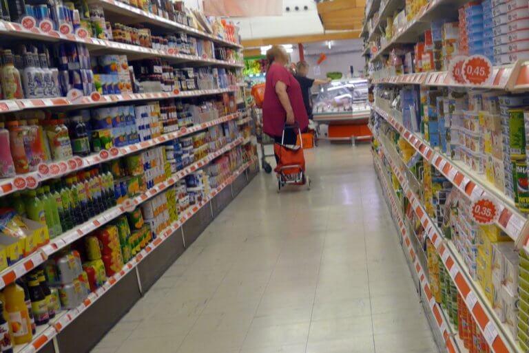 Ελεύθεροι οι Ρουμάνοι που έκλεβαν σούπερ μάρκετ