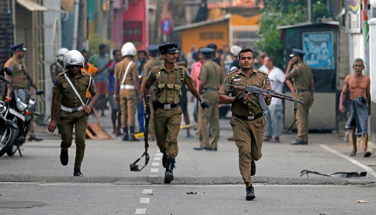 Σρι Λάνκα: Έφοδος της αστυνομίας σε ισλαμιστική οργάνωση που θεωρείται ύποπτη για το μακελειό
