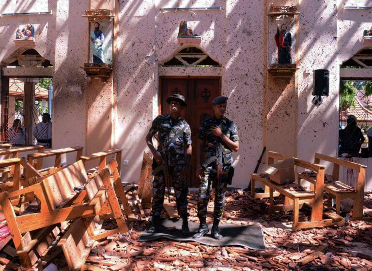 Σρι Λάνκα: Στους 215 ανέβηκαν οι νεκροί από τις εκρήξεις