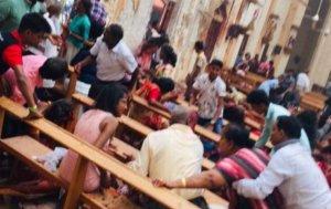 Μακελειό στη Σρι Λάνκα: Οκτώ οι εκρήξεις και απαγόρευση κυκλοφορίας – Βίντεο από την έκρηξη στην εκκλησία
