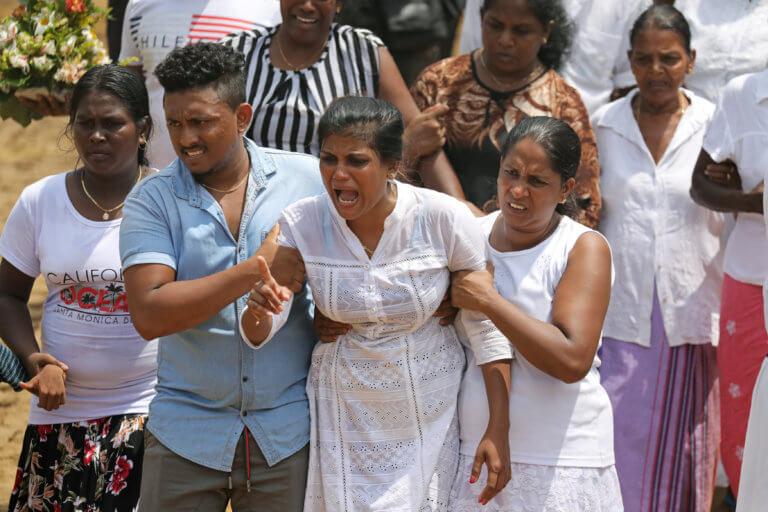 Σρι Λανκα: Στους 310 οι νεκροί από το ματωμένο Πάσχα