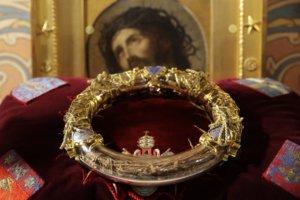 """Παναγία των Παρισίων: Ψυχρολουσία! Σώθηκαν οι """"θησαυροί"""";"""