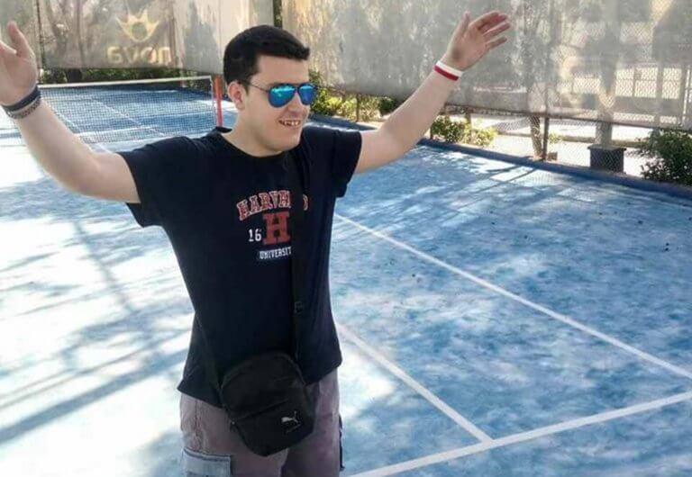 Θοδωρής Ντούμας: Ο μαχητής της ζωής που «κατατροπώνει» τη νόσο Batten και συγκινεί!