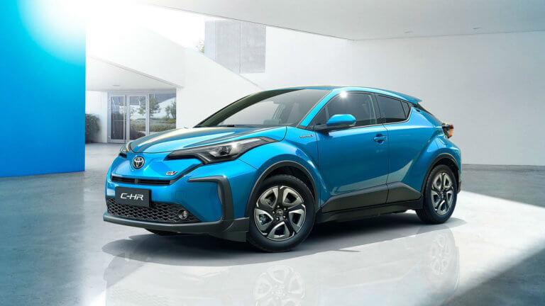 Έτοιμη και η φουλ ηλεκτρική έκδοση του Toyota C-HR [vids]