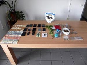 Τρίκαλα: Έμποροι ναρκωτικών, βαποράκια και χρήστες στα χέρια της αστυνομίας – 12 οι μέχρι στιγμής συλλήψεις!