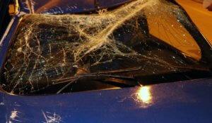 Λαμία: Το οργισμένο ξέσπασμα οδηγού μόλις βγήκε ζωντανός από αυτό το αυτοκίνητο [pics]